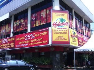 holiday restoran semarang