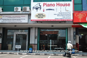 Musik di semarang for 90s piano house