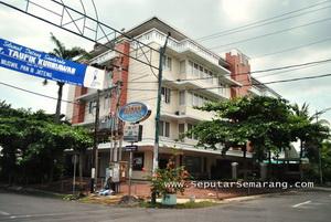 Parama Graha Apartemen & Condominium