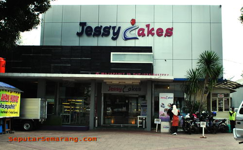 Toko Roti Jessy Cakes