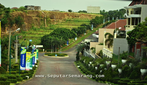 Graha Candi Golf: Real Estate & Golf