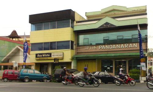 Optik Pandanaran