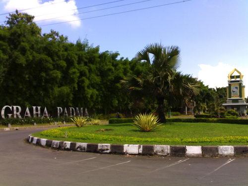 Yahan Graha Home Design Center
