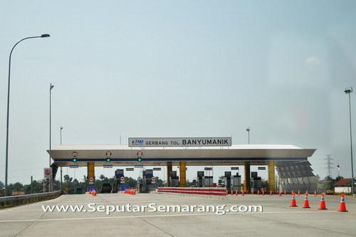 Gerbang Tol Banyumanik