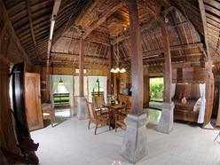 interior rumah joglo 2
