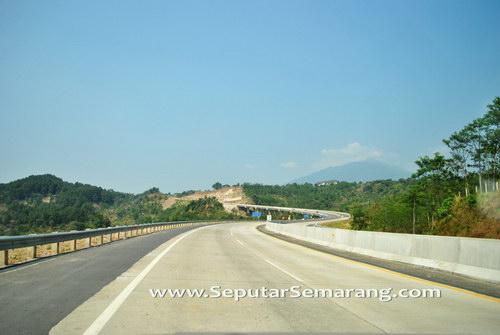 Keindahan Pesona Jalan Tol Semarang Solo