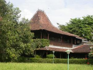 Hills Joglo Villa, Resor Bernuansa Pedesaan
