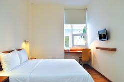 whiz hotel room