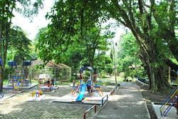 arena bermain taman lele