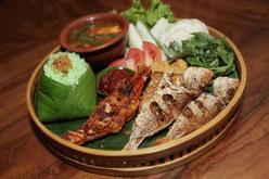 paket nasi spesial godong salam seafood