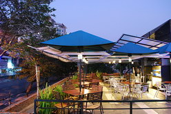 teras river view cafe outdoor