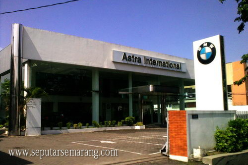 Showroom Dealer BMW Semarang