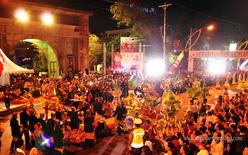 konvoi peserta semarang night carnival