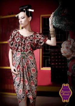 Motif Batik Danar Hadi Ladies Collection