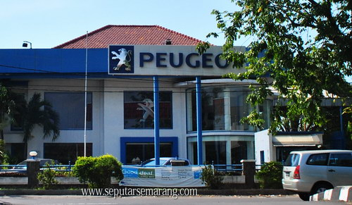 Dealer Resmi Showroom Peugeot
