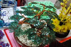 kerajinan bonsai dari kawat tembaga