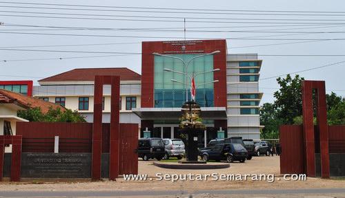 Foto Universitas Terbuka UT Semarang