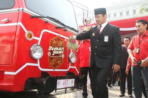 Bus Wisata Semarjawi Diluncurkan