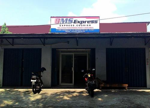 BMS Express, Jasa Pengiriman Paket dan Dokumen