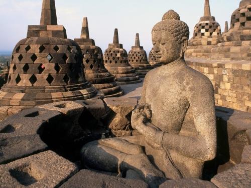 Gambar Patung Stupa Candi Borobudur