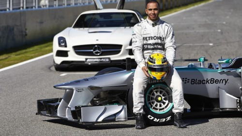 Foto Wallpaper Lewis Hamilton Mercedes F1
