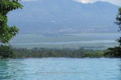 Kolam Renang dengan View gunung