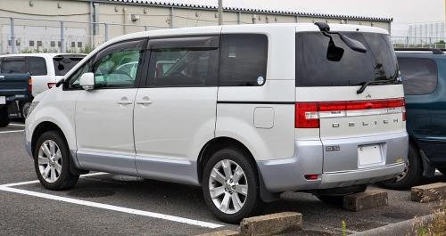 Harga Mitsubishi Delica, Sport Utility MPV