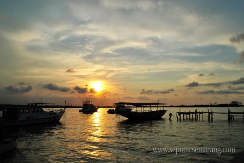 Pantai Marina Saat Senja