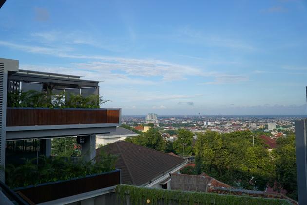 View Kota dari Pelangi Resto